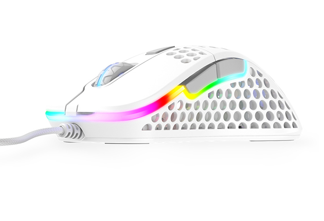 002-Xtrfy-M4-Mouse_White-hero-2s1.jpg